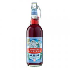 La Bleue - La Bleue est une création originale issue du savoir-faire reconnu de la Brasserie du Mont Blanc, et de la combinaison d'une bière brassée à l'eau des glaciers du Mont Blanc et de la Myrtille. Fine et légère, la Bleue associe la puissance aromatique du fruit tout en conservant son esprit bière: le meilleur des Alpes dans votre verre.