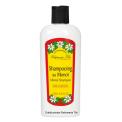 SHAMPOOING TIKI AU MONOI  - <p>TIKI a sélectionné pour ce shampooing doux des tensio-actifs neutres et sans danger pour la fibre capillaire. Enrichi en Monoi, ce shampooing redonne de la brillance au cheveu et n'assèche pas la fibre capillaire. Retrouvez tous les bienfaits du monoï pour nourrir et réparer les cheveux abîmés.</p>