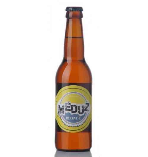 Meduz Blonde - La MEDUZ Blonde est limpide et possède une mousse blanche fine et stable. C'est une bière blonde de 5% d'alcool qui développe un nez doux de malt et de houblon aromatique original. En bouche, son goût doux a l'amertume bien équilibrée et durable, son corps est caractéristique d'une bière de garde de haute fermentation. La MEDUZ Blonde est goûteuse ce qui lui procure un incomparable goût puissant et délicat. Bière artisanale de garde et de fermentation haute à base de 2 malts d'orge et de 2 houblons.  Alc. 5,0% / EBU 20 / EBC 11