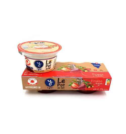 Le Pot au Lait Fraise Rhubarbe - La recette du Pot au Lait est inspirée d'une recette de yaourt à la grecque. Pour notre base laitière, rien de plus simple ! Du lait, de la poudre de lait, des ferments lactiques, et c'est tout ! Pas de sucre ni de sel ajouté, juste le produit originel. Pour nos différentes saveurs, nous ajoutons à notre base laitière la confiture de Stéphan Perrotte, meilleur confiturier de France 2014 et du monde 2015, rien que ça ! Pas de colorant, pas de conservateur, c'est 100% naturel. Et en plus c'est moins de 2% de matières grasses. Pourquoi s'en priver ?