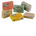 SAVON TIKI AU MONOI - <p>Enrichi au Monoi, les savons TIKI parfumés sont plus qu'un simple savon nettoyant. Ils nettoient en douceur et laissent un parfum exotique sur la peau. Leur formule végétale à base d'huile de coco en font des savons onctueux très bien tolérés par les peaux les plus sensibles.</p>