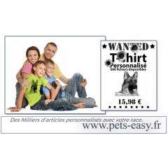 T-shirt chien - <p>Un t-shirt personnalisé avec des chiens.</p> <p>Ce t-shirt<strong> personnalisé</strong> avec votre race de chien est en coton et impression directe. Ce mode de marquage assez récent permet d'imprimer directement le visuel du chien sur le t-shirt en le faisant passer directement sous l'imprimante. Pas de support nécessaire, l'encre impreigne directement la fibre et est fixée sur le coton par un passage au four.</p> <p>Notre gamme de t-shirts coton avec impression sont disponibles en taille enfant, femme et unisex.</p>