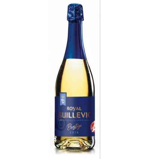 cidre royal guillevic - Cidre blanc à fines bulles - label rouge élaboré à base d'une seule variété de pomme uniquement cultivée dans le sud littoral du Morbihan : la pomme Guillevic. Son taux d'alcool est de 3,5°; Il se déguste lors d'un apéritif ou en accompagnement d'un dessert.