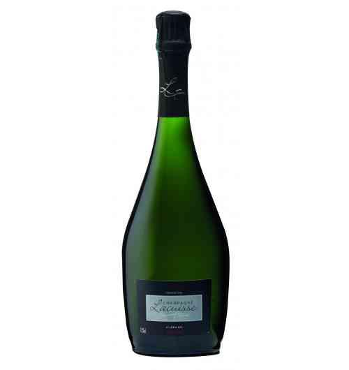 Champagne cuvée Millesime 2011 - Grand Champagne, équilibre parfait entre les 3 cépages. Attaque fraîche et nette, bouche fruitée, effervescence crémeuse. Choucroute de la mer et langouste au beurre d'aromate.