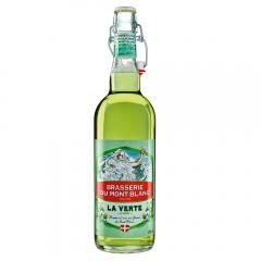 La Verte - La Verte au Génépi. 5,9% vol. Fruit de la combinaison d'une bière brassée à l'eau des glaciers du Mont Blanc et du Génépi. La Verte est l'association audacieuse de 2 notes très amères pour un résultat à l'équilibre parfait entre l'alcool, l'acide, les arômes et le sucre.  Fine et légère, la Verte se distingue par la puissance aromatique du Génépi tout en conservant son esprit bière.