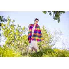 A découvrir : écharpes et étoles tissées - Elles sont l'accessoire mode et tendance de vos sorties
