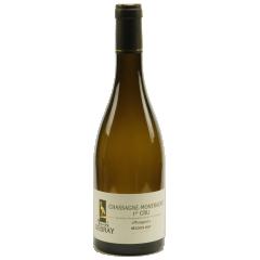 """Chassagne Montrachet 1er cru """"Morgeot"""" 2018 - Le vin de l'élégance par excellence. L'allié parfait pour réussir vos repas et impressionner vos convives. Ses arômes d'aubépine, d'acacia et de miel lui offre un goût en bouche élevée et doux. Parfait  pour des mets nobles comme le saumon, le homard ou encore le foie gras."""