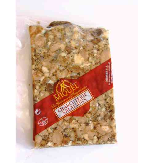 Fritons de canard - Du maigre de canard cuisiné dans la graisse pour rendre la viande encore plus savoureuse. A déguster frais en entrée, ou en petit dés à l'apéritif. Fabriqué en Aveyron.