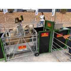 Cage de tri ovins PM 110 - Cage de pesage électronique pour moutons PM 110 et porte de tri automatisée PM 91 à 3 voies, compatible avec logiciel de gestion.