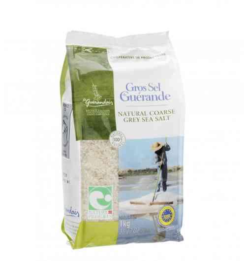 Gros Sel de Guérande sachet 1kg - Fruit de l'océan, du soleil et du vent, notre gros sel de Guérande est récolté à la main par les paludiers selon une méthode traditionnelle millénaire. Le gros sel Le Guérandais ne contient aucun additif, il est non raffiné et non lavé.
