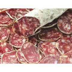 saucisse sèche aller et retour - petite sauccisse pur porc 80 % épaule relevée au piement d'Espelette qui se grignotte à toute heure